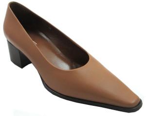 Mary 2000 Rt. labeled Davinci 4140 Women's Italian Snip-Toe Low Heel Shoes