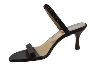 The Seller Women's Italian 2495 Brown