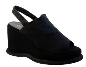 Davinci Women's 1105 Italian Wedge Heel Sandals Black