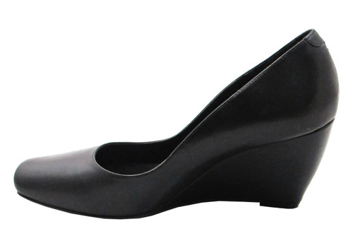 Tyler Vouge Women's Blunt Square Toe Mid Heel Wedge in Black