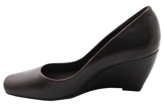 Tyler Vouge Women's Blunt Square Toe Mid Heel Wedge in Black