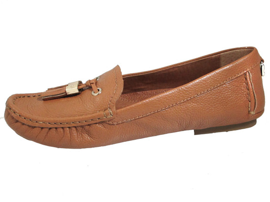 Vince Camuto Women's Piercee Flat Shoes in Blonde and Black Leather