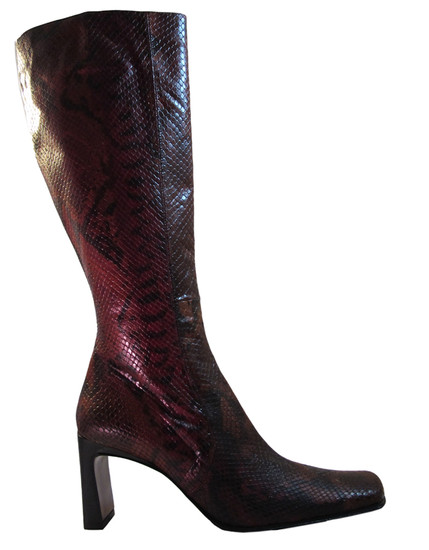 The Seller Python Red