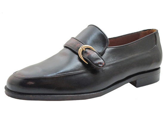 Via Veneto Men's 114259 Wide Monk Strap Buckle Moc Toe Loafer in Black and Tan