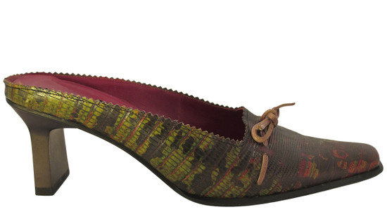 Barbarella 2031 Burgundy/Green