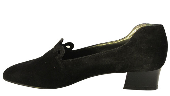 Mima Women suede low heel pump