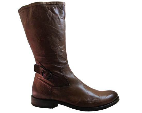 Doucals  7487 Brown