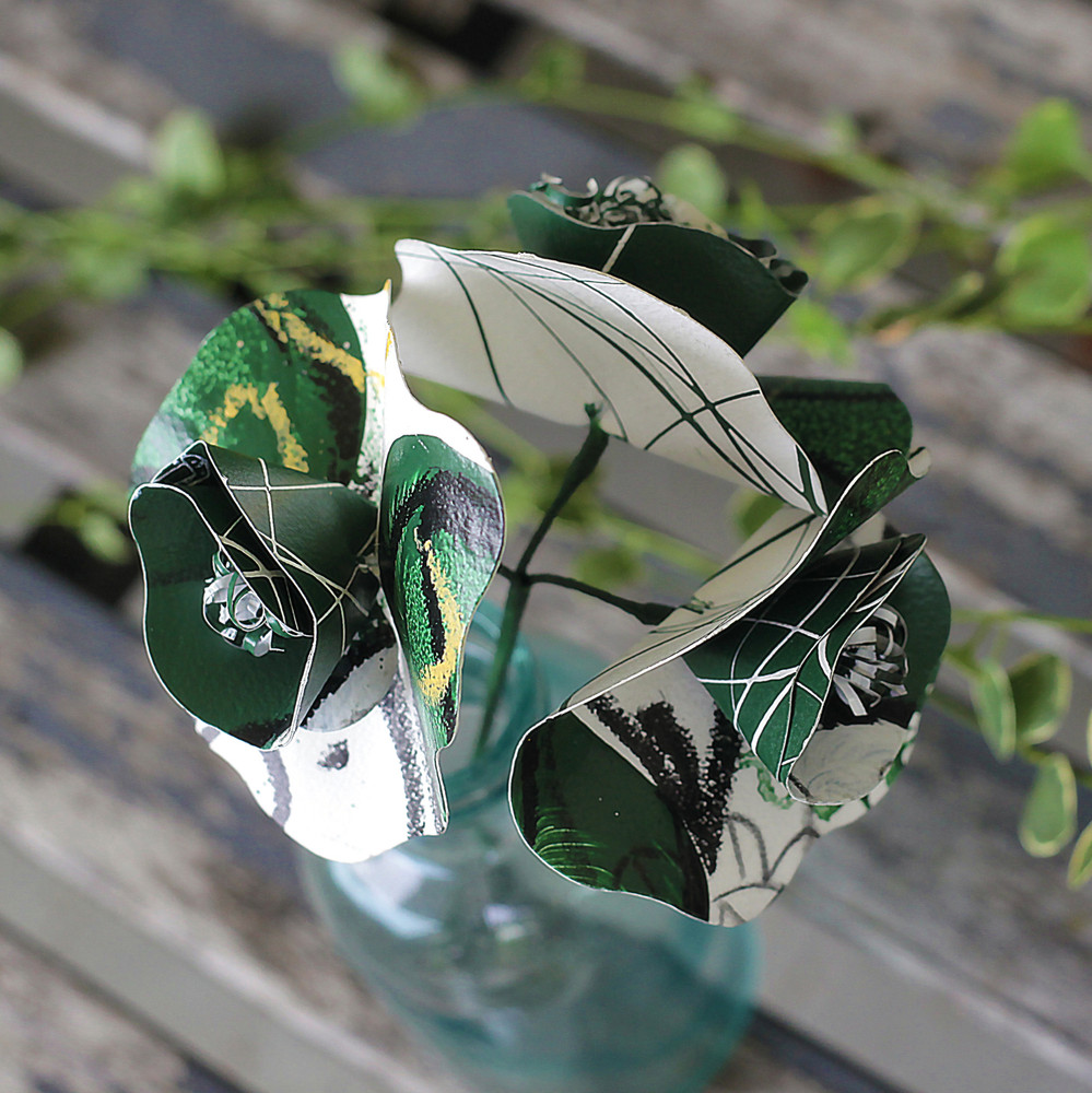 GREEN AND WHITE BOBCAT PAPER FLOWER BOUQUET