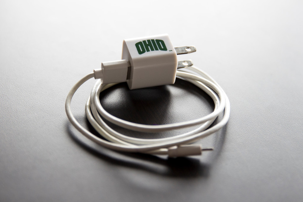 ARCHED OHIO USB WALL CHARGER