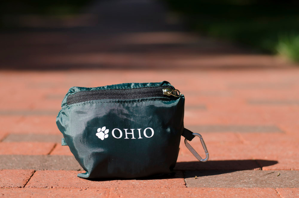 OHIO PAW REPETE MESSENGER BAG