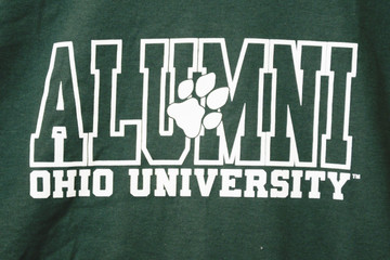 OHIO UNIVERSITY OUTLINED ALUMNI T-SHIRT WITH PAW PRINT