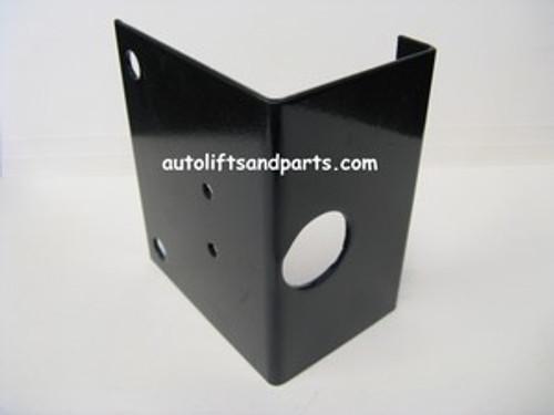 37015 Challenger Lifts Bracket for Air Lock Valve