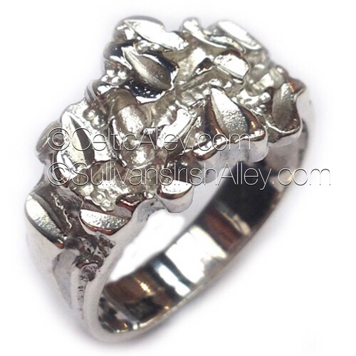 Giant's Causeway Ring by Barry Doyle Design Dublin