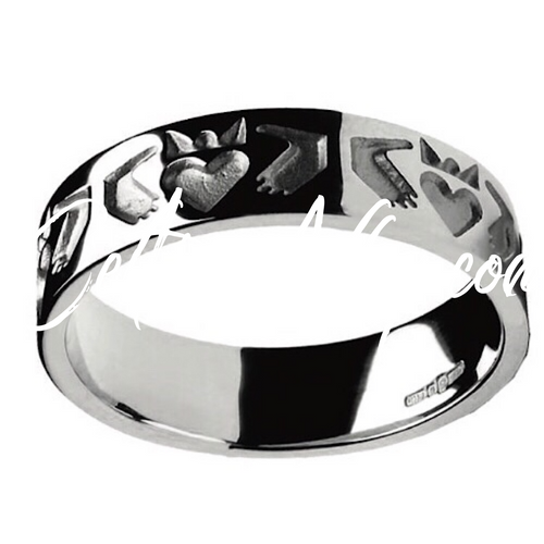 Comfort Fit Gents Friendship Claddagh Band Ring in Sterling Silver Irish Made