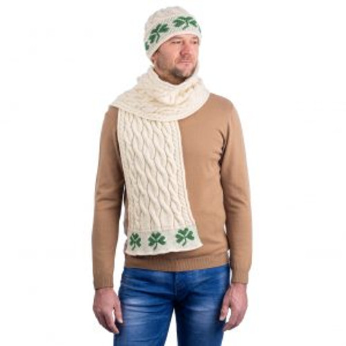 Cable Knit Shamrock Scarf In Natural