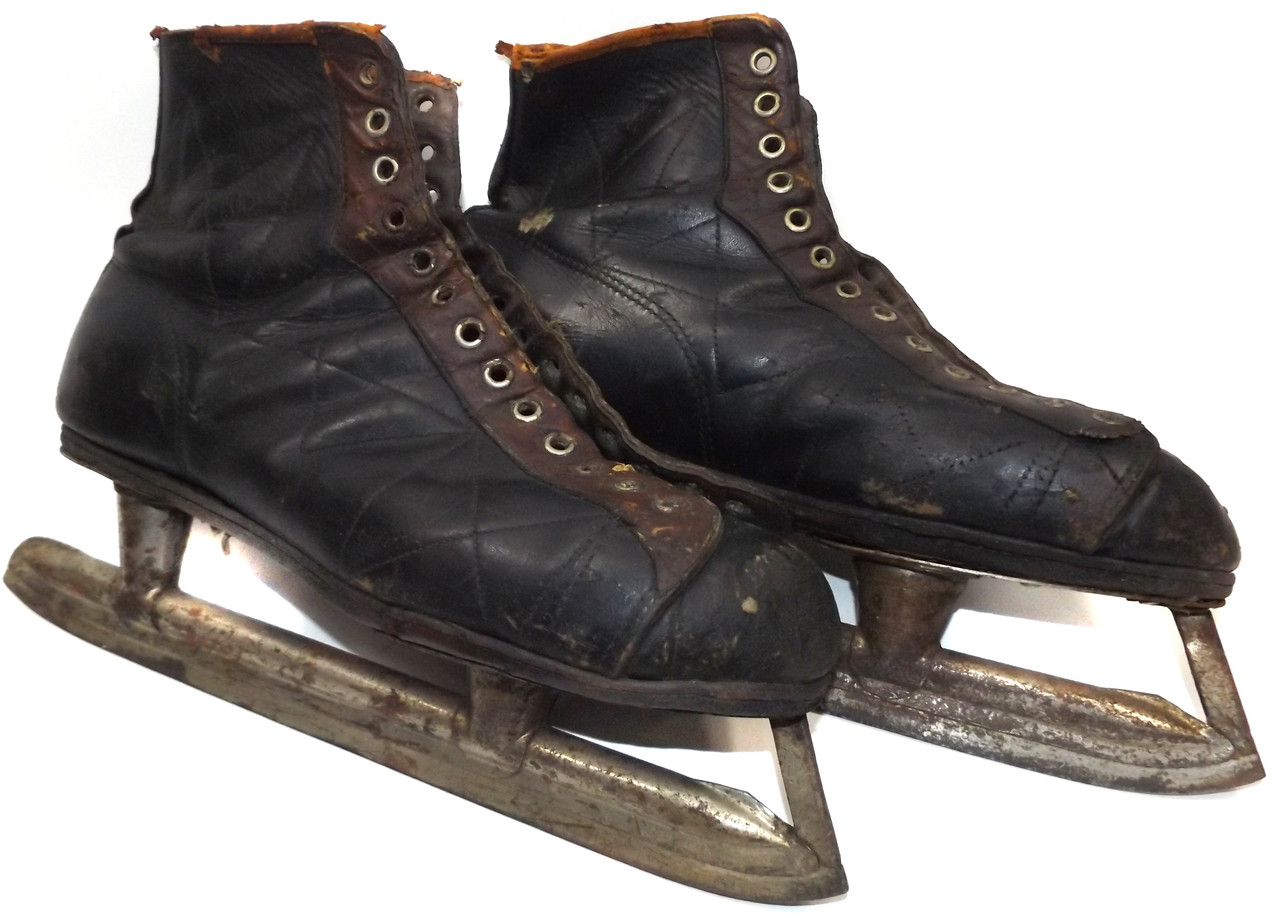 Antique Pair Black   Brown Leather Ice Hockey Skates - Great for  Decorations or Craft Projects 2a3e30295
