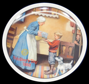 1986 Vintage Norman Rockwell The Pantry Raid Knowles Limited Edition Collector Plate