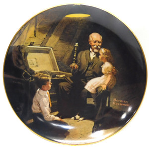 Vintage 1983 Norman Rockwell Grandpa's Treasure Chest Knowles Limited Edition Collector Plate