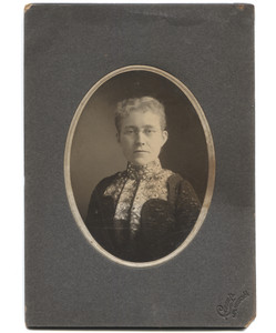 Antique Victorian Cabinet Card Photograph Identified Wife of W.P. Hillings Jamestown, NY