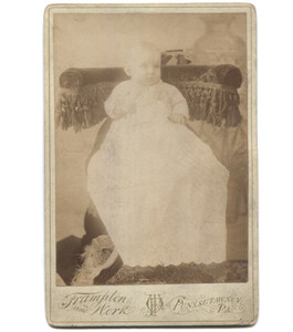 Antique Victorian Cabinet Card Photograph Eerie Hidden Mother - Punxsutawney, OH