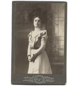 Antique Victorian Cabinet Card Photograph Signed Mary - Milwaukee, WI