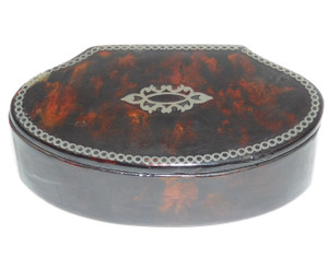 Antique Faux Tortoiseshell Lacquer Snuff Box with Silver Inlay on Lid
