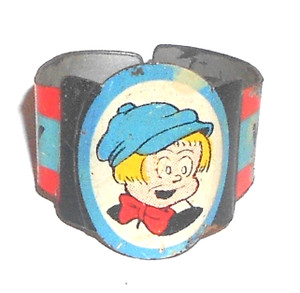 Vintage 1948 Perry Winkle Toy Prize Premium Ring from Post Raisin Bran