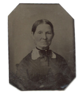 Antique 1/16 Plate Tintype Photograph of Victorian Woman with Large Bow