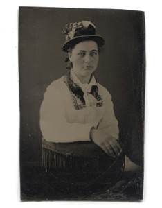 Antique 1/6 Plate Tintype Photo Young Woman in Hat w/ Flowers