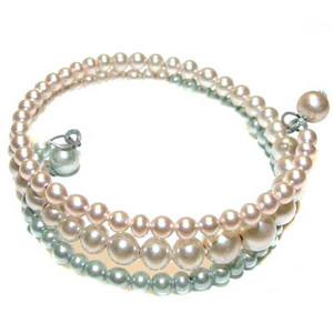 Childs Pearlized Bead Memory Wire Bracelet