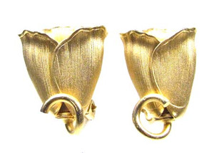 Gold Tone Textured Rose Earrings