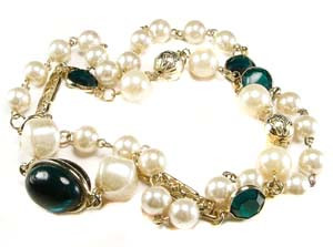 Faux Pearl Gold Tone Green Accent Necklace