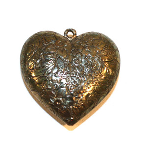 Puffy Heart Shaped Antiqued Silver Tone Heart Shaped Necklace Pendant