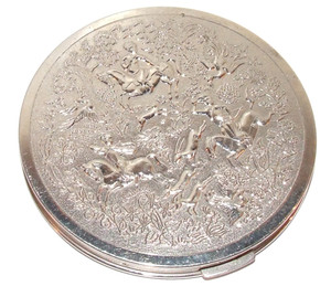 Vintage Mid-Century Tussy Chrome Embossed Horse Hunting Scene Compact