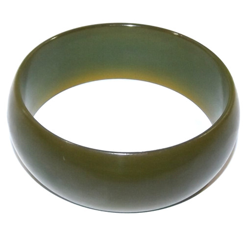 Wide Vintage Green Catalin / Bakelite Bangle Bracelet