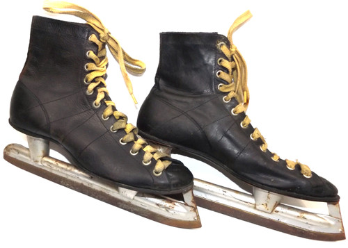 Vintage Pair Black Leather Ice Hockey Skates - Great for Decorations or  Craft Projects 27ec43048