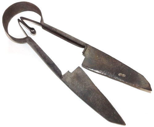Pair of Antique Steel Sheep Shears Primitive Cattle Farm Tool with Built In Spring