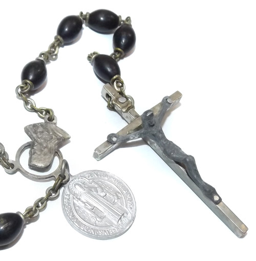 Vintage Catholic Rosary Chain w/ Metal Crucifix Prayer Beads & Medal