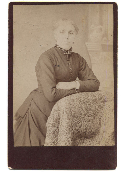 Antique Cabinet Card Photo Named Woman Crossed Arms Leaning Couch - Altoona, PA