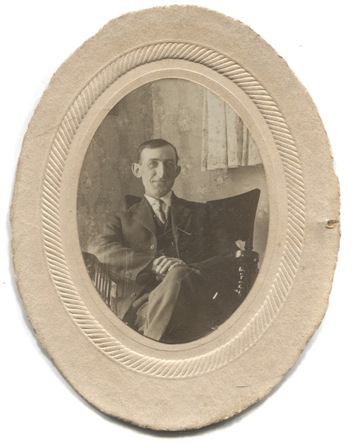 Antique Named Photograph William Reed Seated in Armchair - Bolivar, NY