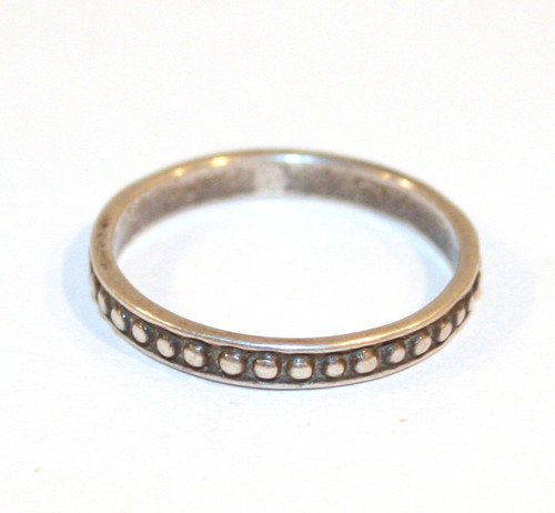 Sterling Silver Thin Banded with Raised Circles Vintage Estate Ring - Size 6 1/4