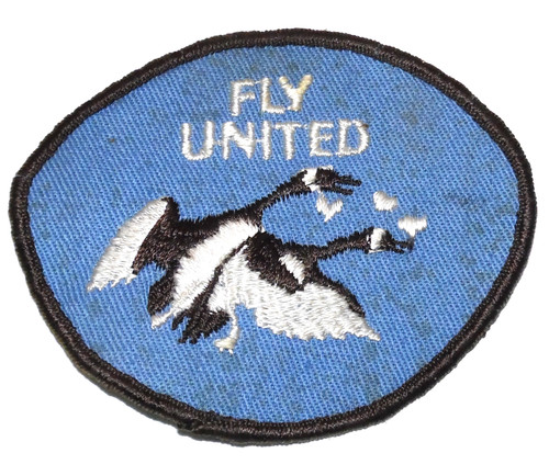 Vintage Fly United Novelty Canada Goose Mating in Air Embroidered Cloth Patch