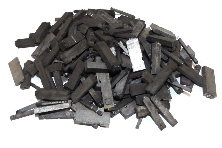 1# Lot Vintage / Antique Lead Printing Press Typeset Letters Letter Metal Blocks - Mixed Assorted 1 Pound