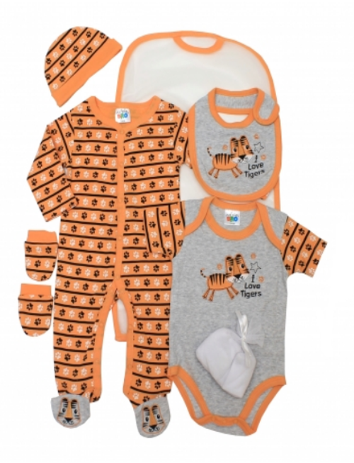 7 pcs Boys layette set, with wash clothes..I LOVETIGER..