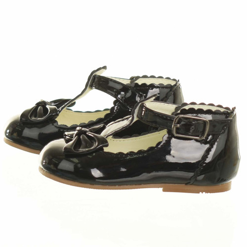 Sevva baby girls Spanish style patent shoes with a bow (Sally)