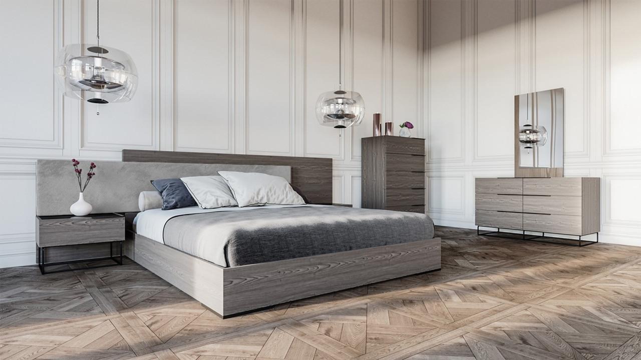 Nova Domus Enzo Italian Modern Grey Oak Fabric King Size Bedroom Set Lounge La