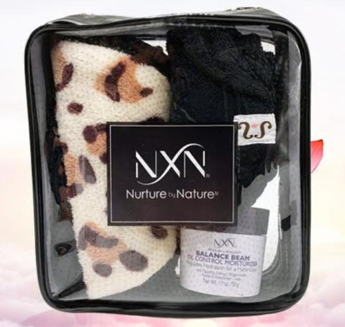 Mothers day special includes...  Our new to market Makedown (reusable make up remover)  Most famous Tassi rap (Black to match the makedown)  face moisturizer that every Mom can use (Balance Beam by NxN Beauty) ALL comes in a beautiful travel make up bag