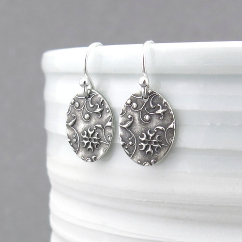 Tiny Oval Earrings - Romantic Flower & Vines