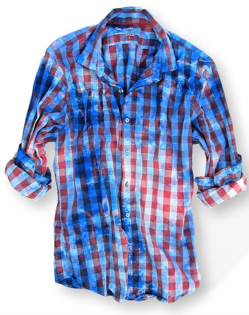 Another Georg Roth sensation! Super soft with our special oil wash make this gem unique and fun. Red and royal plaid with our burst of garment dye print looks fantastic worn alone or worn open with our garment-dyed T shirt. 100% Cotton