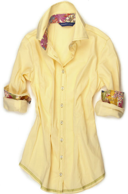 Heavenly stretch in Sunshine Yellow. A brilliant contrast from Liberty of London classic in a multi color floral on the inner collar stand and inside cuffs. All seams are finished with a soft green and a zig zag finish hem.